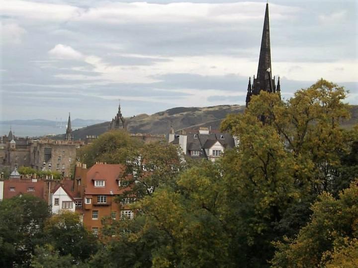 edinburgh-view